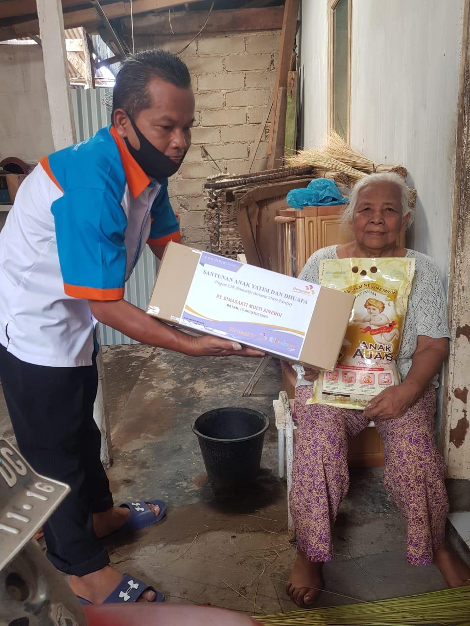 Santunan Anak Yatim dan Dhuafa Bimasakticare bersama Mitra Fastpay di Kota Batam